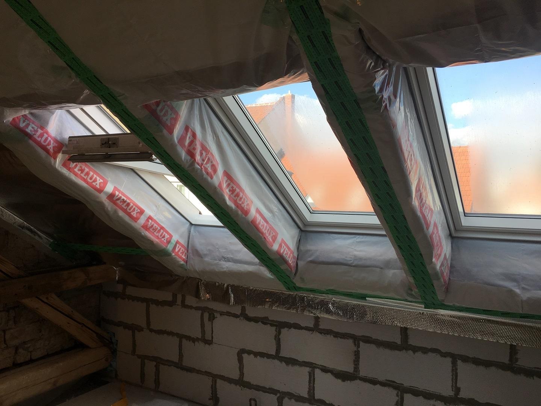 Montáž střešního okna VELUX | Montáže sádrokartonu | SDK Pecák