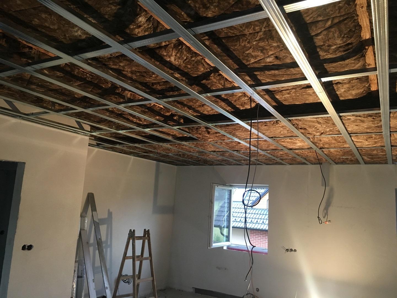 Tepelné a zvukové izolace sádrokartonu, zvuková izolace stropu | SDK Pecák